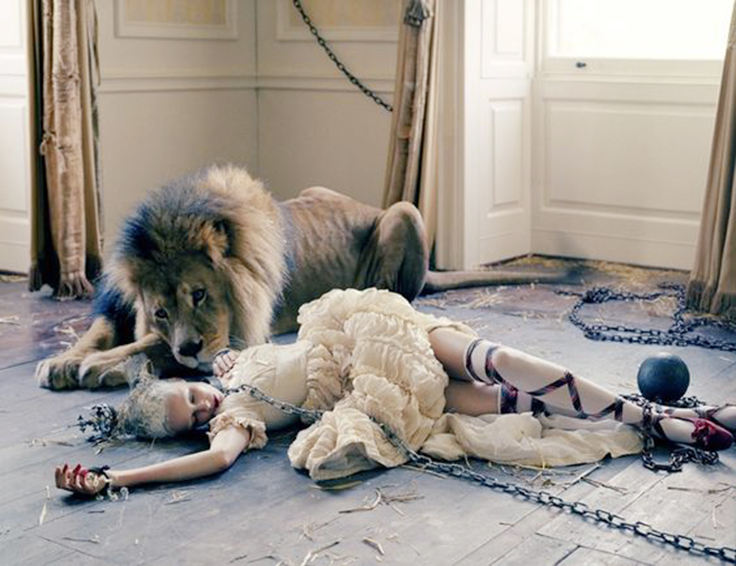 lion shooting tim walker