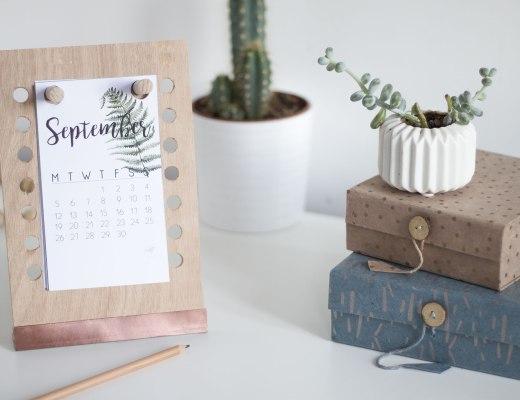 la délicate parenthèse création blog DIY agenda éphémeride peg-board