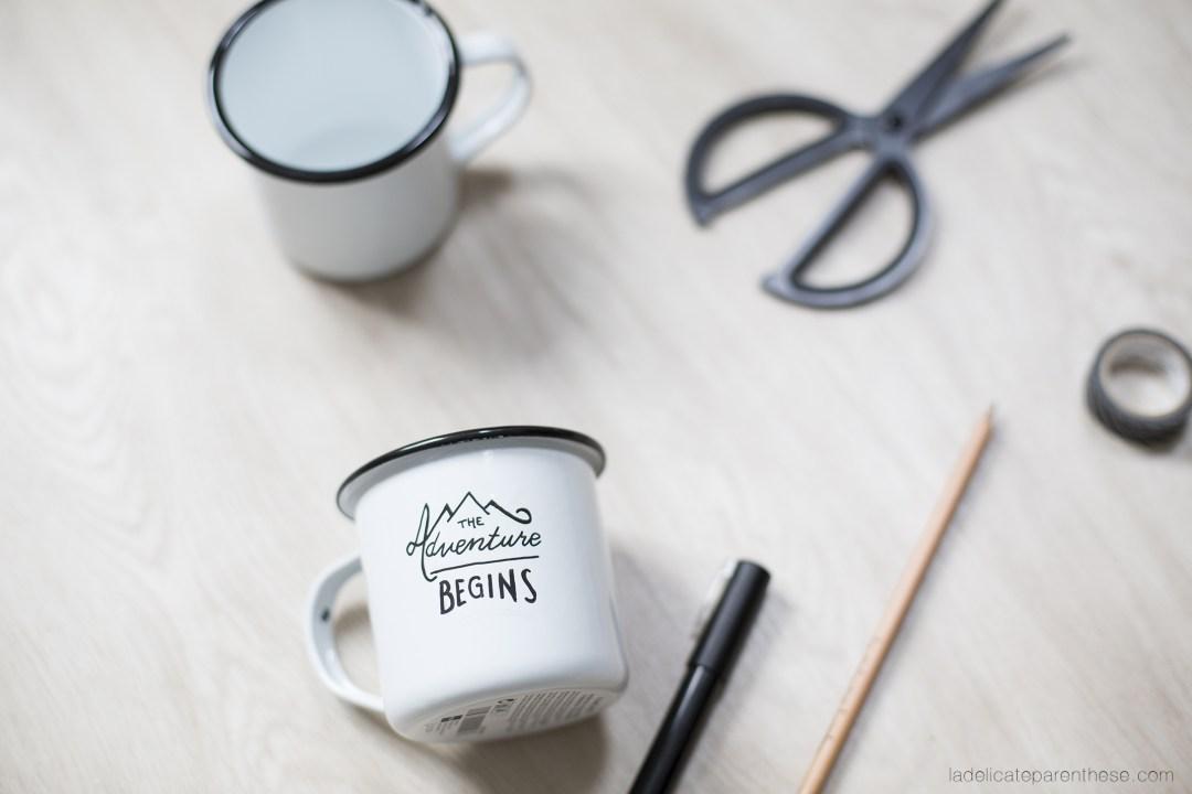 inspiration travel et hipster avce un mug émaillé à motif