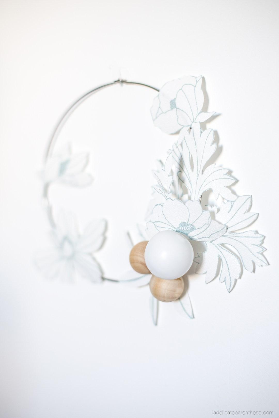 Couronne fleurie en papier peint Graham & BROWN