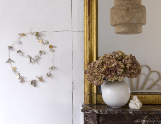 HOME création clay crown on the wall DIY