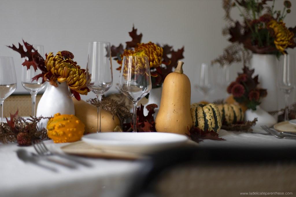 decoration table automnale scenographie courge et citrouilles