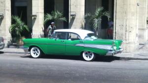 Cuba-green-vintage-car