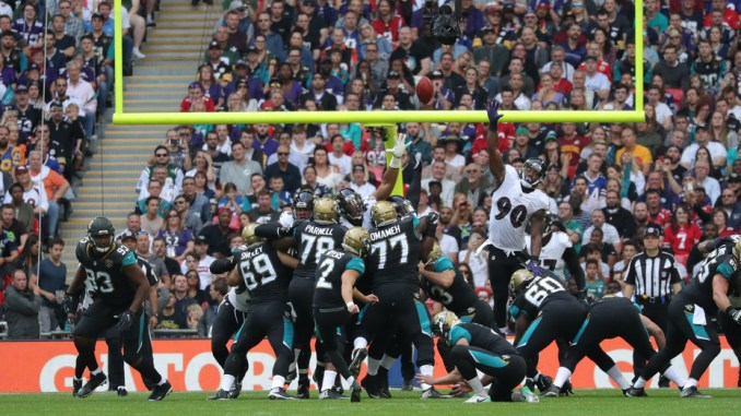 2018 NFL Fantasy Football Week 7 Kicker Rankings. Jacksonville Jaguars kicking a field goal.