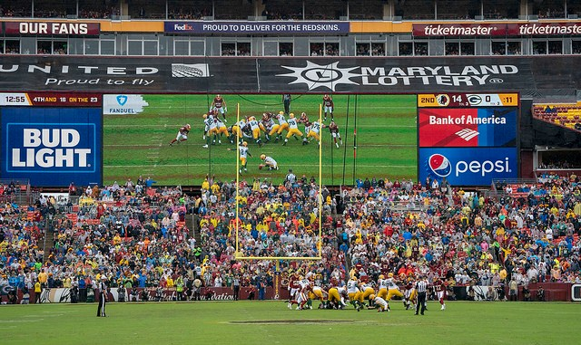 Green Bay Packers Mason Crosby kicking a field goal