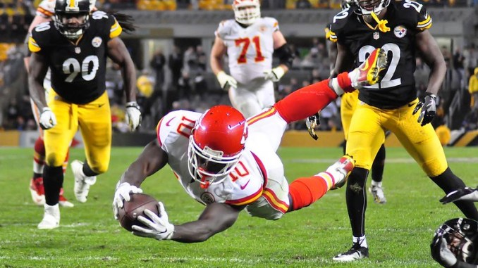 Kansas City Chiefs wide receiver Tyreek Hill outstretched diving for a touchdown against the Pittsburgh Steelers