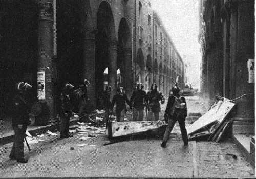 Barricate nella zona universitaria, 11 marzo 1977