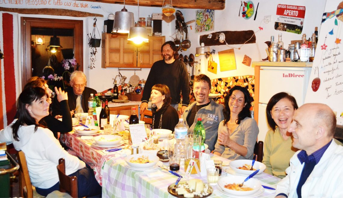 Un paese e cento storie - a cena in famiglia