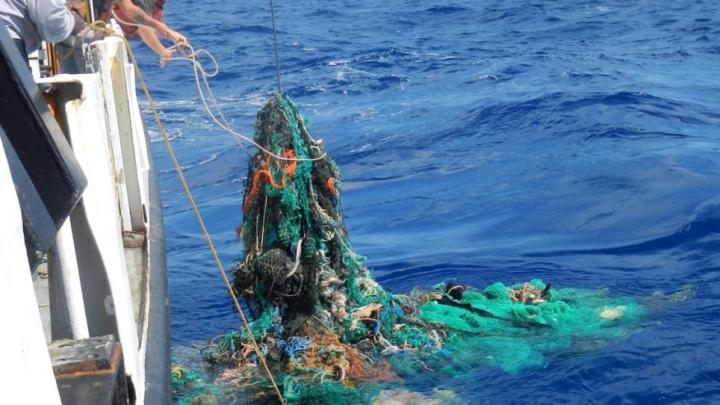 """Pescherecci coinvolti nella raccolta dei rifiuti in mare con """"Fishing for litter"""""""