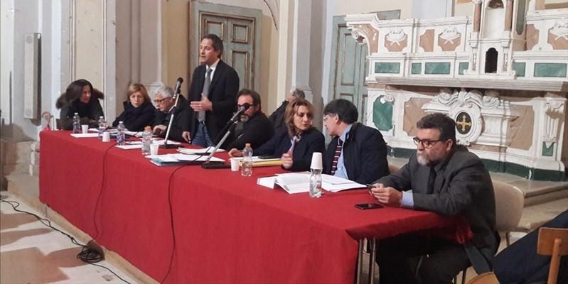 Giallo sul Bilancio, Consiglieri di opposizione abbandonano l'Aula e vanno in Procura