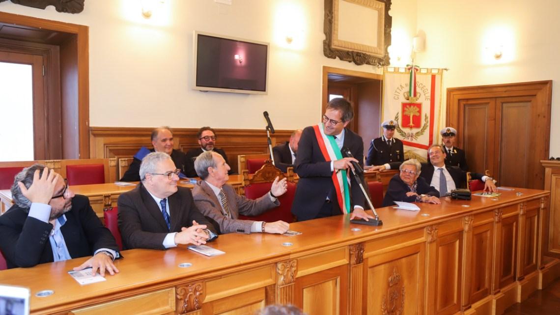 Inaugurata la sala consiliare di Palazzo San Domenico