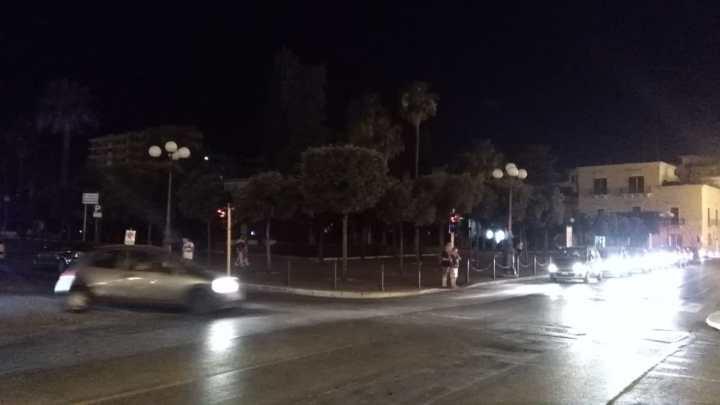 Blackout in Villa Comunale, in scena anche due grossi roditori