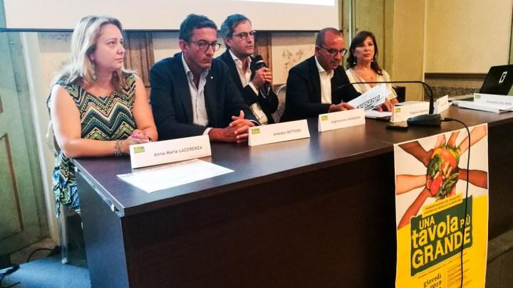 """Presentato il progetto """"Una tavola più grande"""" per contrastare lo spreco alimentare e farmaceutico"""