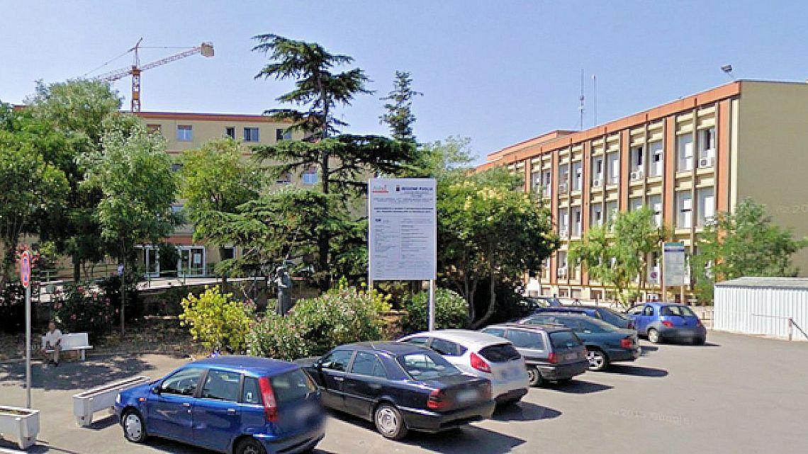Distributori presi d'assalto all'ospedale di Bisceglie, derubato il denaro all'interno