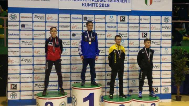 Medaglia di bronzo nel Karate per Federico Papagni