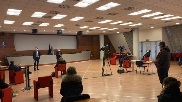 Il ministro Boccia saluta i primi medici volontari in partenza per la Lombardia
