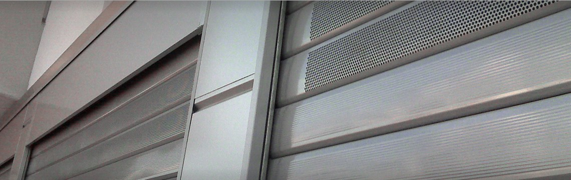 Angarano chiude Bisceglie: «Le serrande dei negozi abbassate alle 18. Le domeniche tutti chiusi»