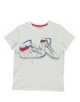 t-shirt z trampkami