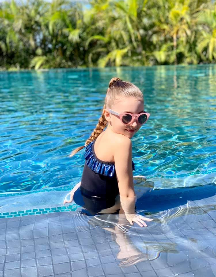 kostum kąpielowy dla dziewczynki