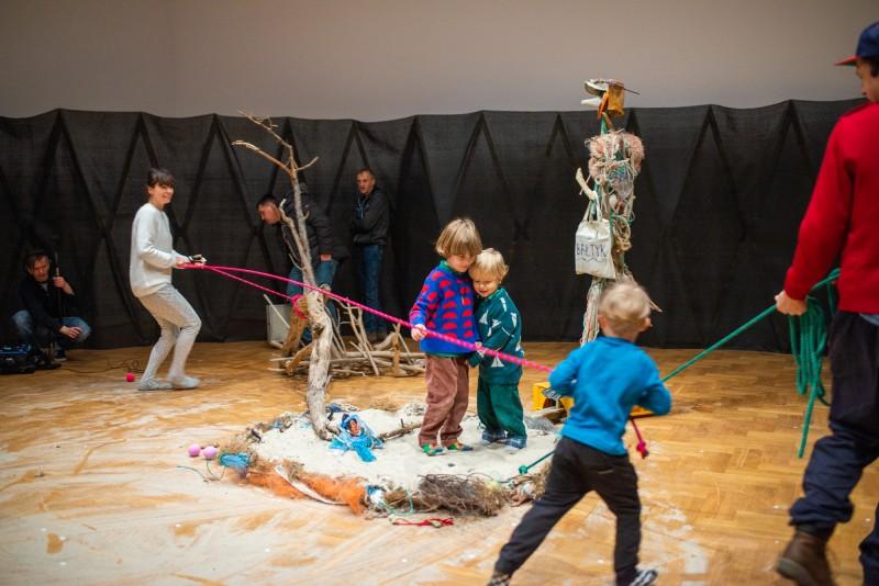 opieka nad dziećmi artystów w Warszawie