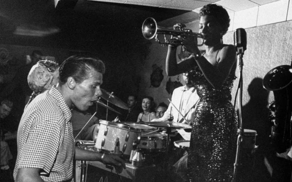 Clora Bryant na California em 1954