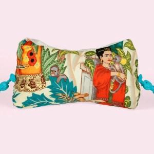 Frida Kahlo - Leseknochen - Lesekissen - Readingpillow - Nackenkissen Tablet - Stütze Fusskissen wellness Frida Muttertag Geschenk