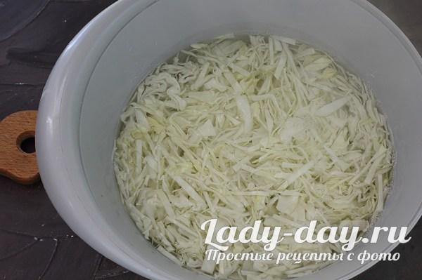 Заливной пирог с капустой на кефире в духовке, рецепт ...