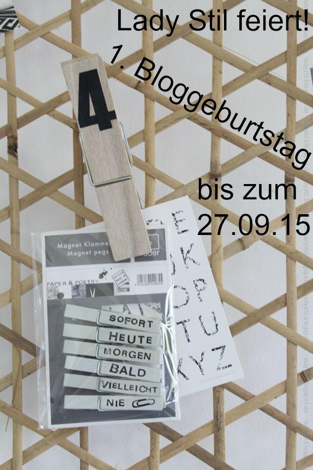Bambus Pinnwand mit Hinweis auf den Bloggeburtstag von Lady Stil