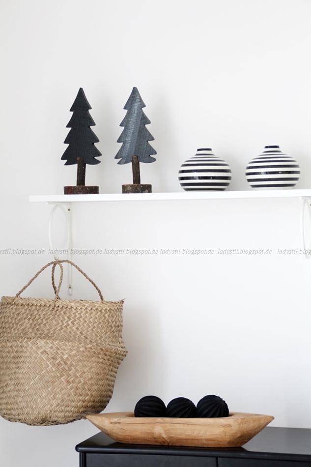 deko donnerstag diy weihnachtsdeko oder mal eben ein geweih upcyceln lady. Black Bedroom Furniture Sets. Home Design Ideas