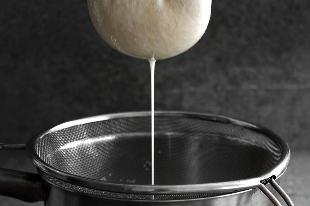 almond-milk8