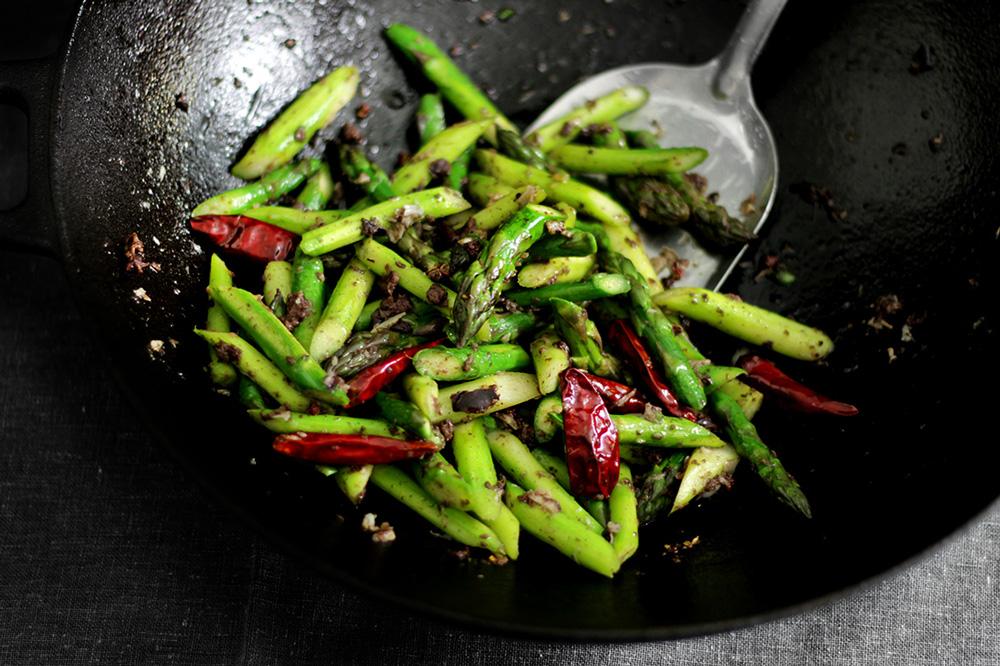 black-olive-asparagus10