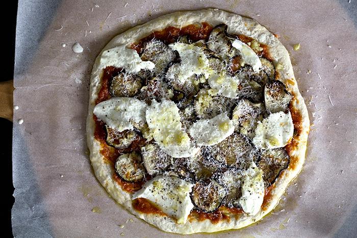 eggplant-parmesan-pizza31
