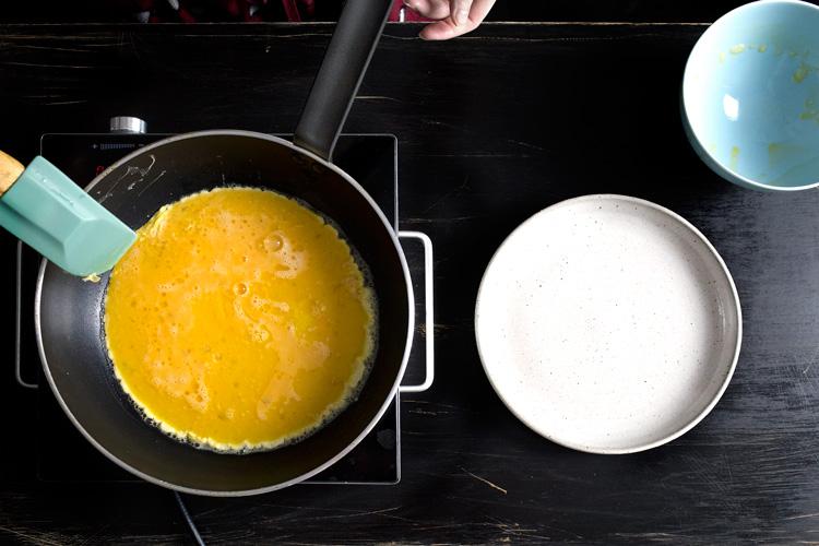 15-seconds-scrambled-eggs05