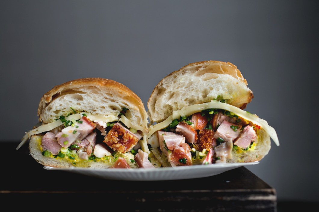 cantonese-porchetta-sandwich03