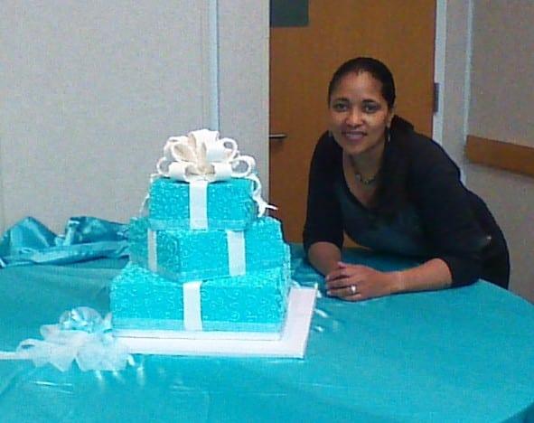 tiffany-gift-boxes-cake-me
