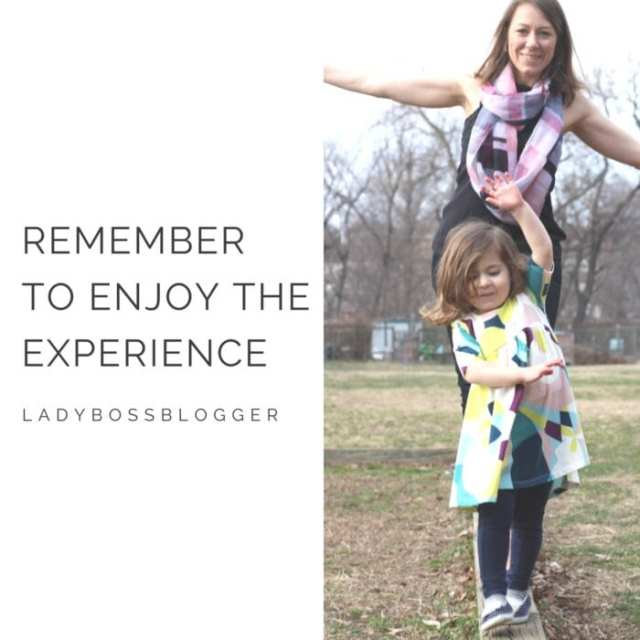 Female entrepreneur interview on ladybossblogger featuring Carine Rosalia this & that lunch box inventor