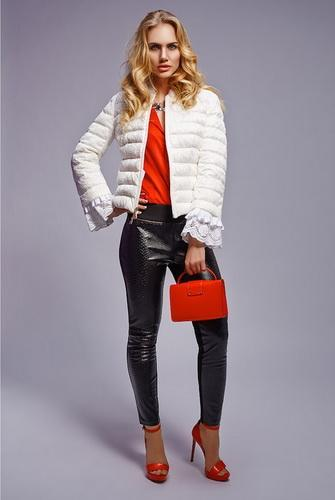 Fashionable colors of jackets for spring and autumn 15