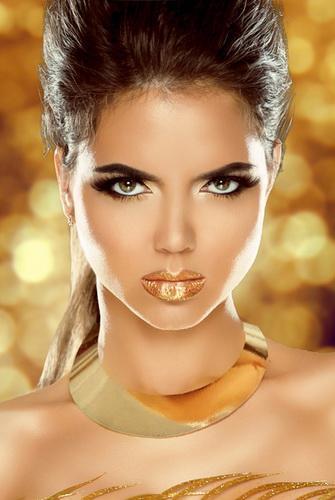 Макияж с золотыми тенями для карих голубых и зеленых глаз