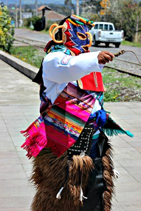 folkoric dancing 2