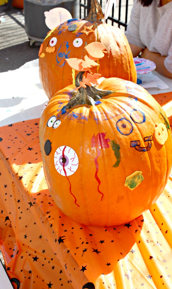 fundraising ideas- pumpkin decorating station