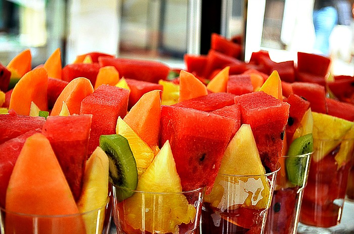healthy fundraiser ideas- fruit cups