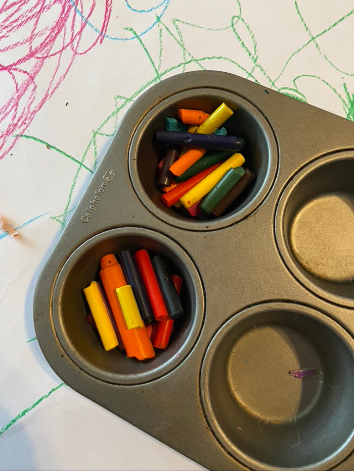how to make rainbow crayons in 5 easy steps