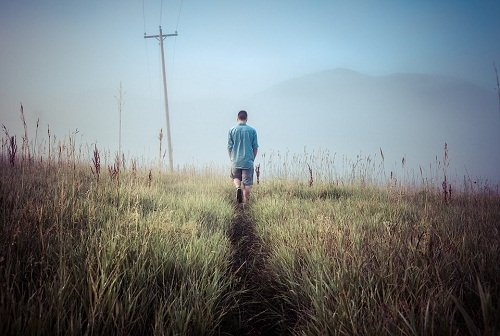 Mit kell látni egy embert egy álomban? Ismeretlen srác egy álomban