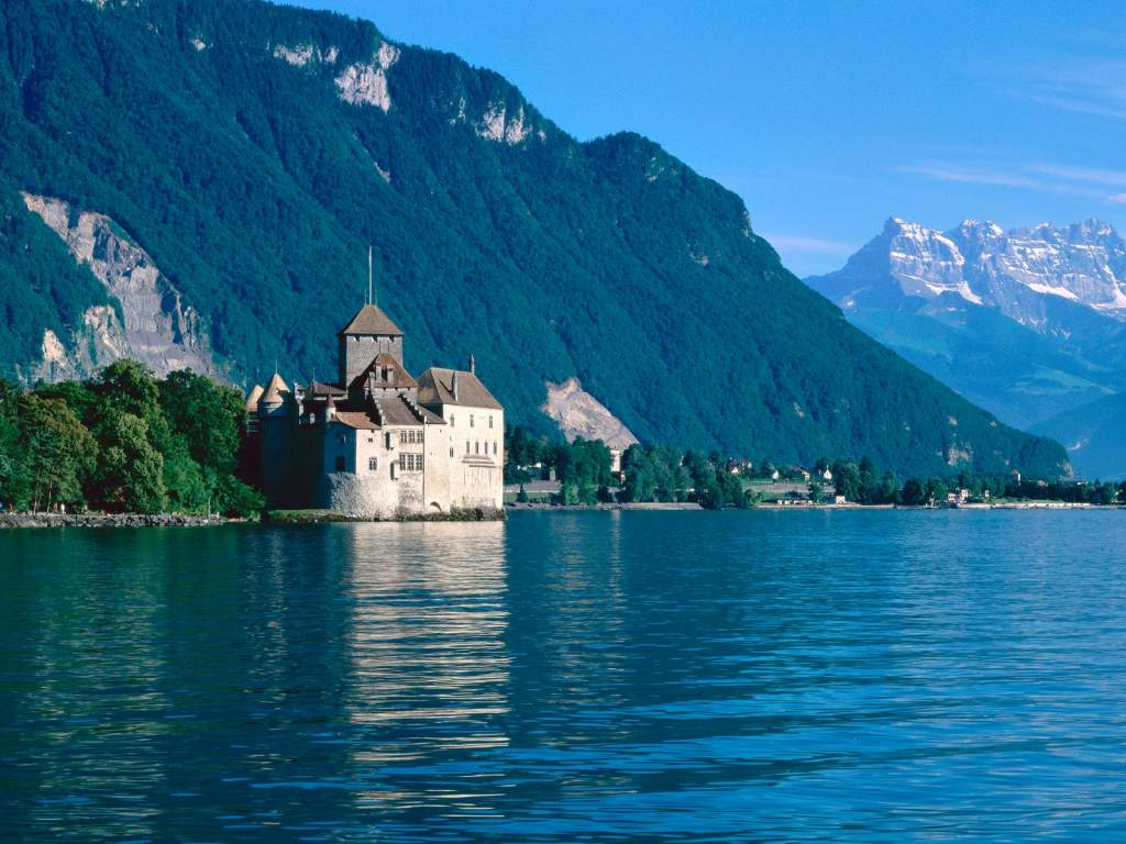 chateau-de-chillon-lake-geneva-switzerland1