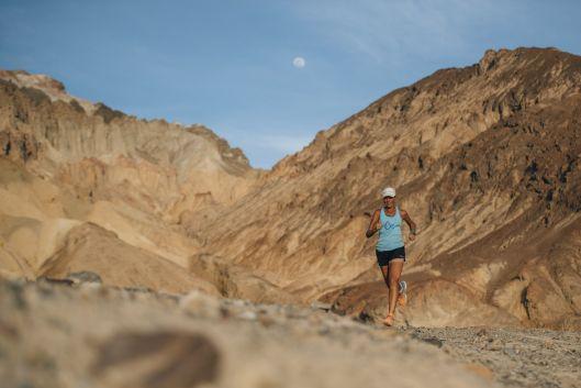 Mina Guli completes 7 Deserts Run4Water.