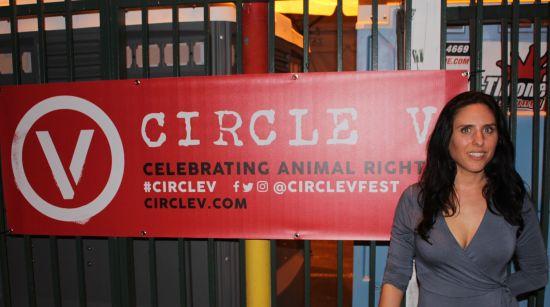 Nina Jackel Circle V
