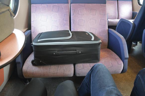 De Meneer en ik gingen naar Arnhem met een grote koffer met robots.