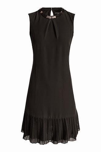 alt-jolie-petite-robe-noire-esprit