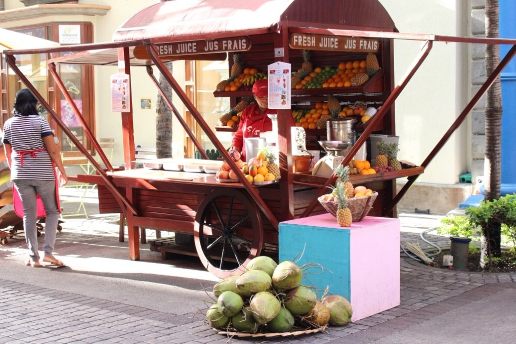 alt-port-louis-mauritius-marché-fruit-caudan