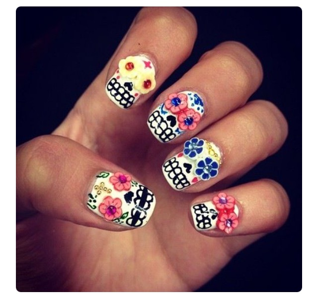 alt-halloween-nail-art-inspiration-pinterest